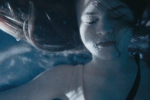 BT_EPS4_Janina_in_water_(Olivia_Ainali)